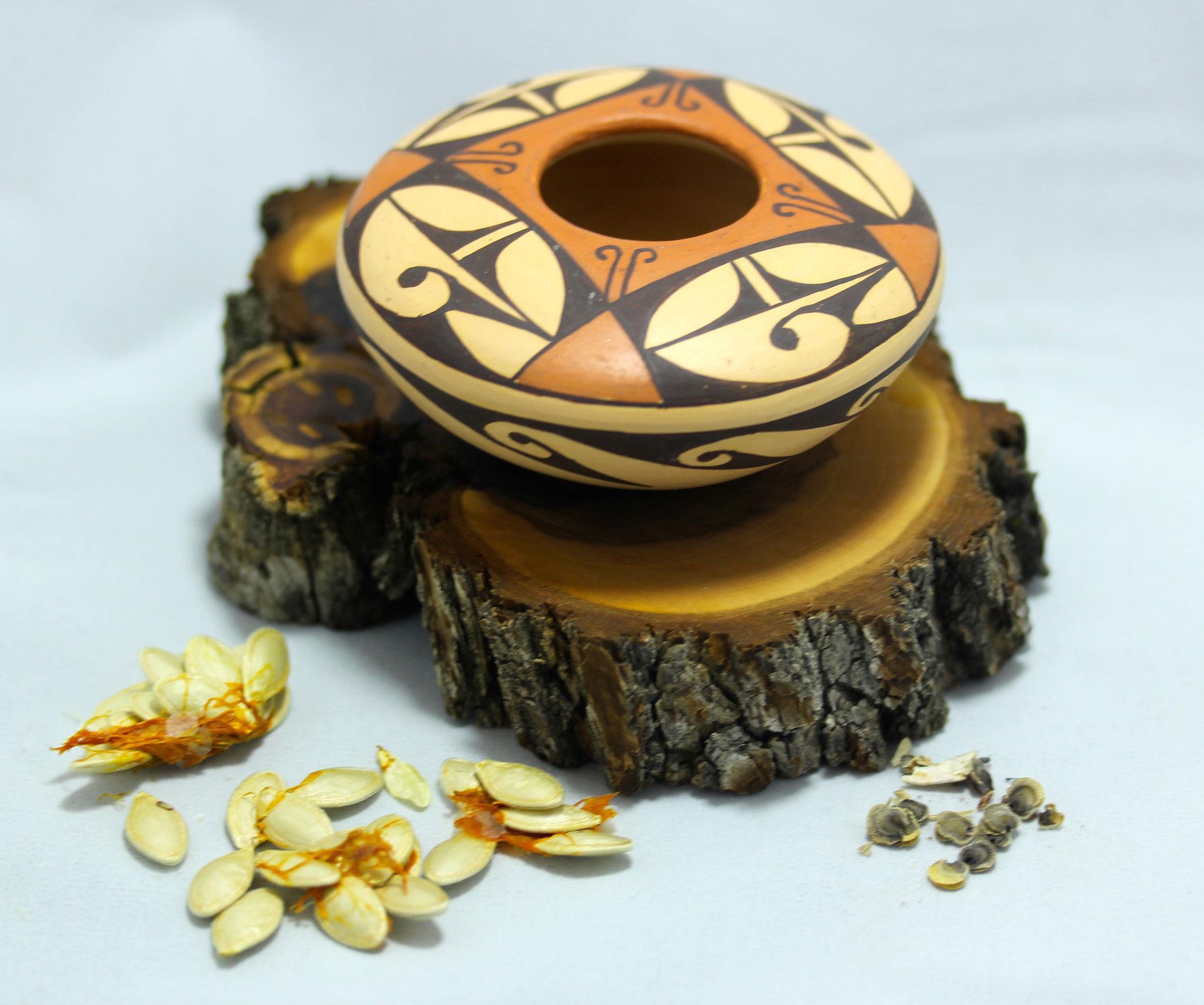 Hopi-seed-pot